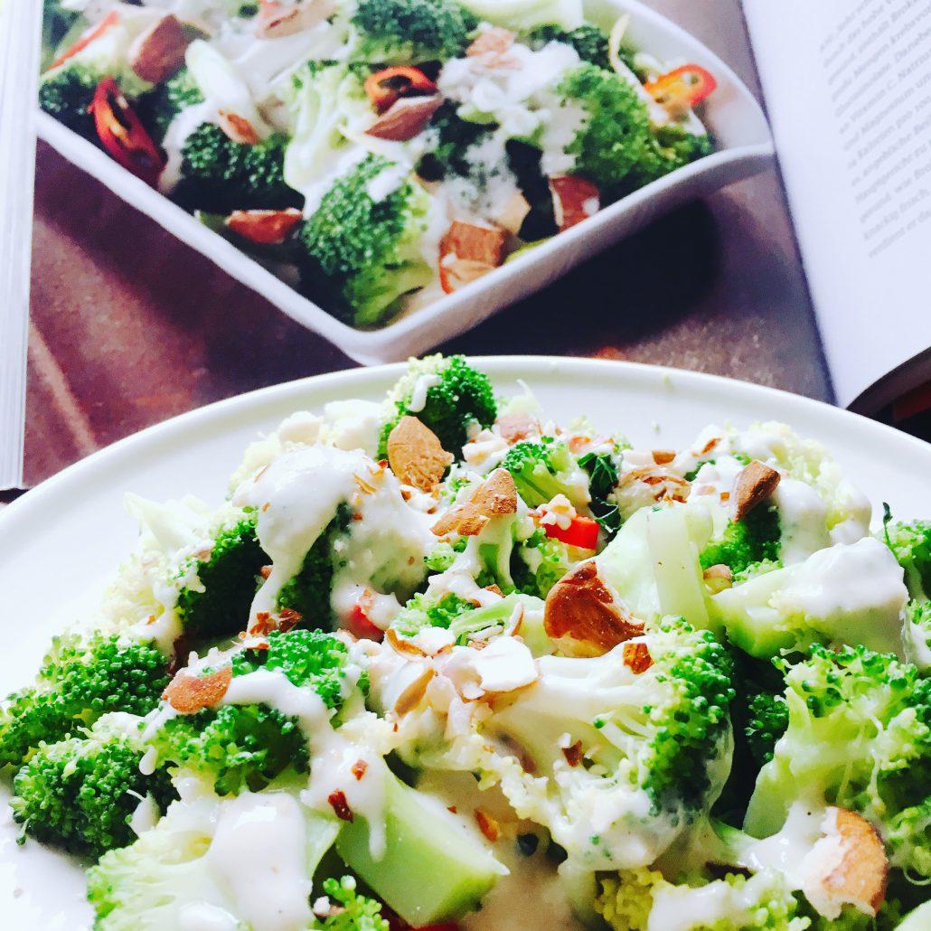 Vegan For Fit Challenge Grüner Krieger Brokkoli Pfanne
