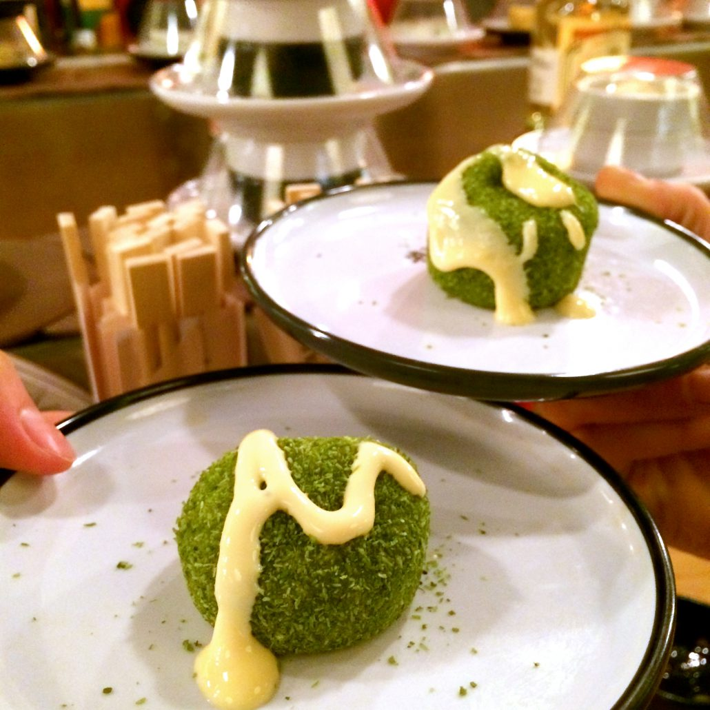 Sushi Dessertbälle - Foodblog Gabelartist